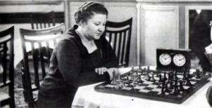 Vera Menchik esteve entre os melhores do mundo no começo do século XX