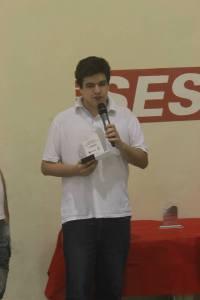 Recebendo prêmio no Sesi Mogi das Cruzes (SP)